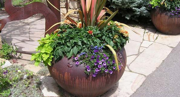 Decorate-Garden-Pots